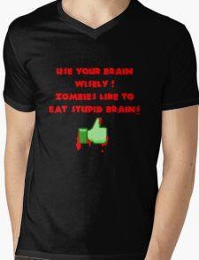 Zombies like stupid brains Mens V-Neck T-Shirt