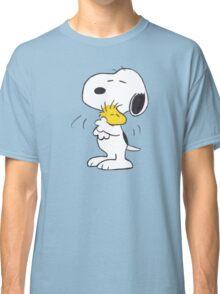 hug Peanuts Snoopy Classic T-Shirt