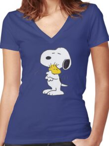 hug Peanuts Snoopy Women's Fitted V-Neck T-Shirt