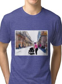 Teramo: mum with pram Tri-blend T-Shirt