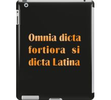 Funny Latin slogan for know-alls iPad Case/Skin