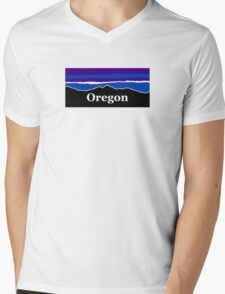 Oregon Midnight Mountains Mens V-Neck T-Shirt