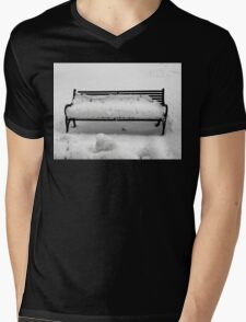 SNOW SCENE 8 Mens V-Neck T-Shirt