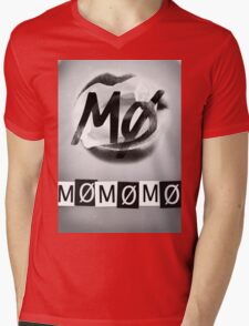 MØMØMØMØ Mens V-Neck T-Shirt