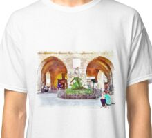 Teramo: arches and fountain Classic T-Shirt
