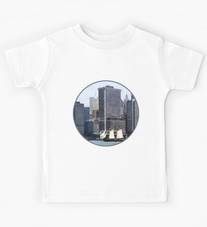 Boats - Schooner Against the Manhattan Skyline Kids Tee
