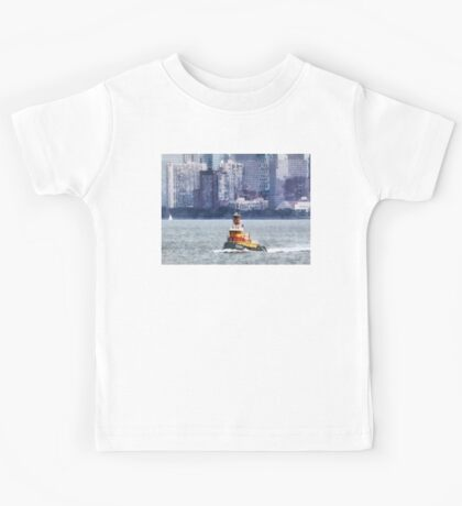 Tugboat Near Manhattan Skyline Kids Tee