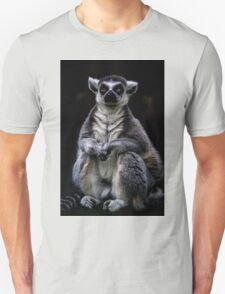 Portrait Of A Ring Tailed Lemur Unisex T-Shirt
