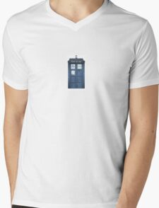 Travel like a Timelord Mens V-Neck T-Shirt