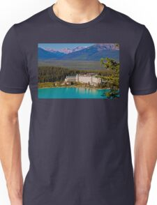 Canada. Lake Louise. Chateau Lake Louise. Unisex T-Shirt
