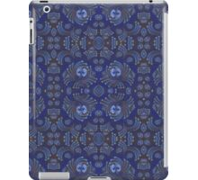 Blue eyes - pastels on graphic paper iPad Case/Skin