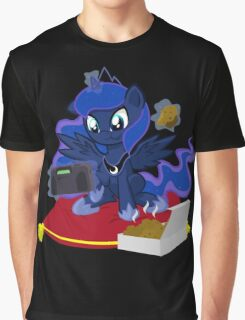 Luna gaming Graphic T-Shirt