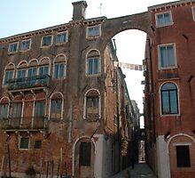 Arched Backstreet, Venice by jojobob