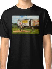Sport - Baseball - America's past time 1943 Classic T-Shirt