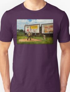 Sport - Baseball - America's past time 1943 Unisex T-Shirt