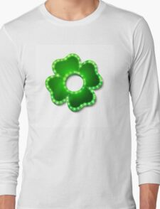 Shine lucky clover with shadow Long Sleeve T-Shirt