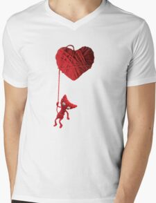 Unravel Yarny Heart Mens V-Neck T-Shirt