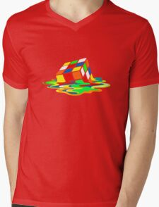 Big Bang Theory Sheldon Cooper Melting Rubik's Cube cool geek Mens V-Neck T-Shirt