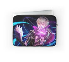 Fire Emblem Fates: Leo Laptop Sleeve
