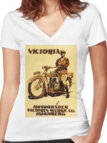 VICTORIA : Motorrader victoria Women's Fitted V-Neck T-Shirt