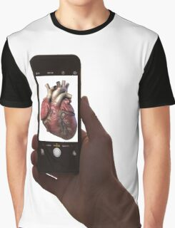 photographing a heart  Graphic T-Shirt