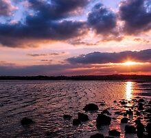 Night, Night...Sweet Sun by Wrayzo