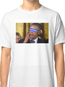 Obama walks into Supreme Newyork Classic T-Shirt