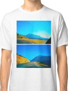direction arrows Classic T-Shirt