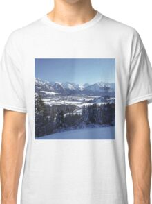 SNOWY MOUNTAINS Classic T-Shirt