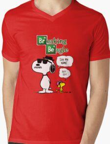 Breaking Beagle Mens V-Neck T-Shirt