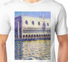 1908-Claude Monet-The Doges Palace (Le Palais ducal)-81 x 99 Unisex T-Shirt