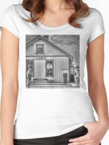 Chama General Store Women's Fitted Scoop T-Shirt