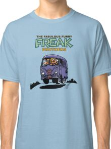 Fabulous Furry Freak Brothers Bus! Classic T-Shirt