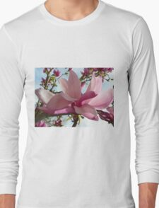 Floral - Japanese Magnolia Macro - Garden Flower Long Sleeve T-Shirt