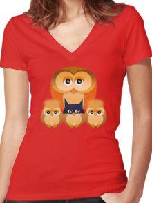 THE OWL FAMILY Women's Fitted V-Neck T-Shirt