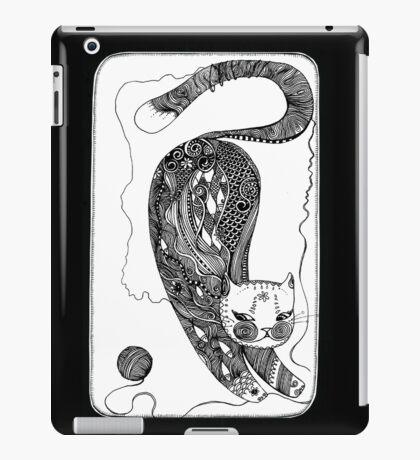 playing kitten iPad Case/Skin