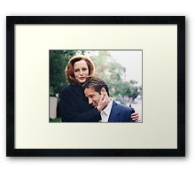 dana scully x files fox mulder Framed Print