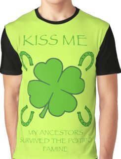 Kiss Me Graphic T-Shirt