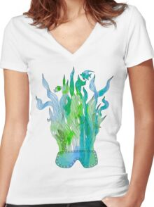 Psychedelic underwater snorkelling mask landscape Women's Fitted V-Neck T-Shirt