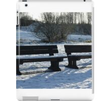 COLD SITTING iPad Case/Skin