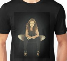 "Olivia Wilde ""Chair"" Unisex T-Shirt"