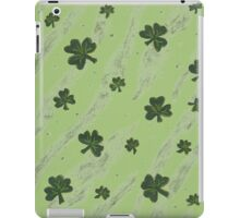 Light green shamrock pattern iPad Case/Skin