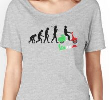 VESPA ITALIAN VINTAGE RETRO SCOOTER REVOLUSI Women's Relaxed Fit T-Shirt