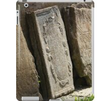 broken tombstone old cemetery iPad Case/Skin