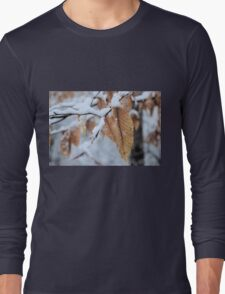 Snowy Leaf Close-up (winter snow scene) Long Sleeve T-Shirt