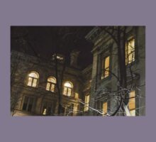 New York Night - Graceful Mansions Through the Naked Tree Branches Kids Tee