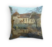 St Swithun's, Headbourne Worthy in early morning frost Throw Pillow