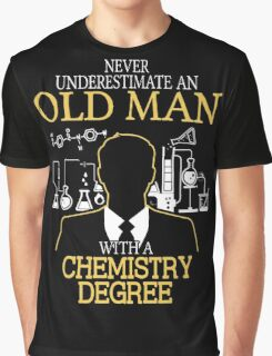 Old Woman With A Chemistry Degree Graphic T-Shirt