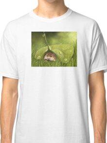 Sleeping in the rain Classic T-Shirt