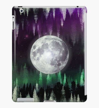Dreaming under the northern lights iPad Case/Skin